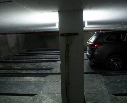 חניה במרתף