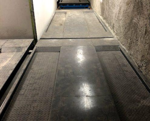 פלטות חניה במרתף